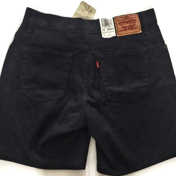 Levi's Pants - Relaxed Fit 550 Levi Black Shorts | 10